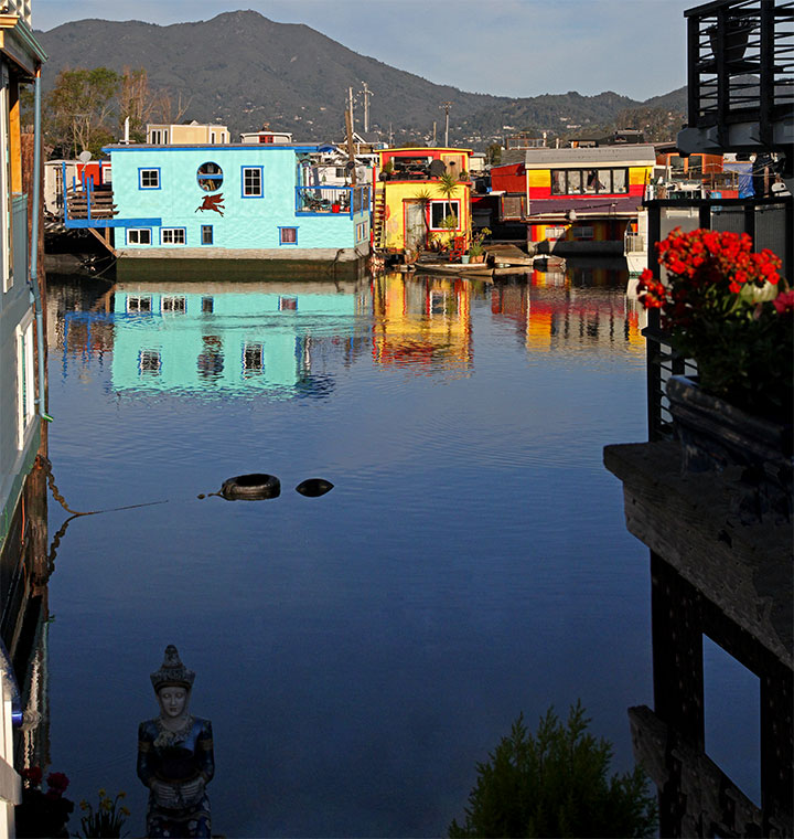 Sausalito house boats photo by Chandler O'Leary